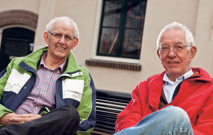 Oud-ondernemers Van Wifferen en Bisschop nog steeds trots op 'hun' dorp