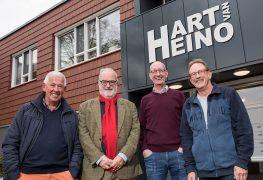 'Handen af van Heino!'