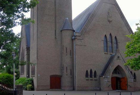 10 Jaar tentoonstelling in RK-kerk tijdens Pompdagen