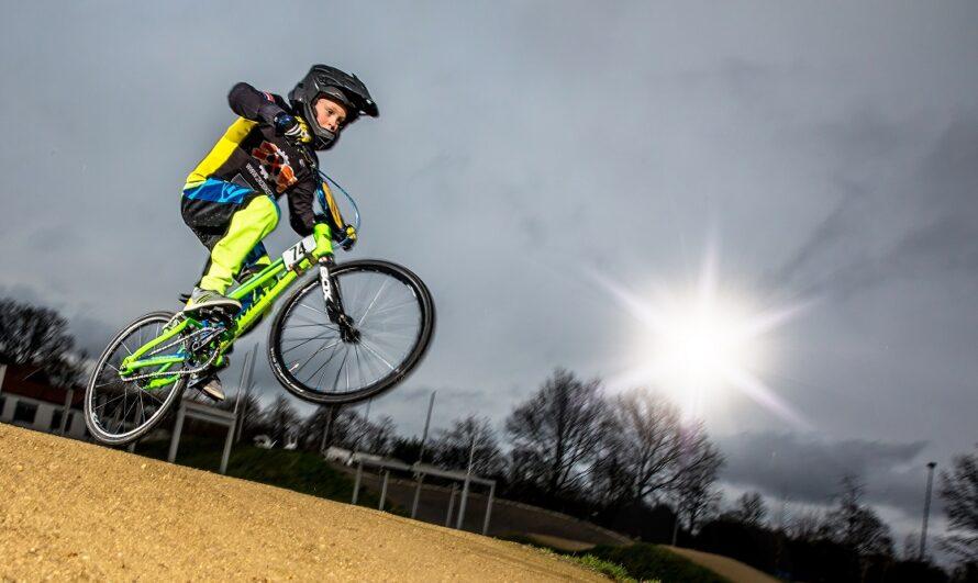 Snoeihard racen: BMX-er Mart Veltink