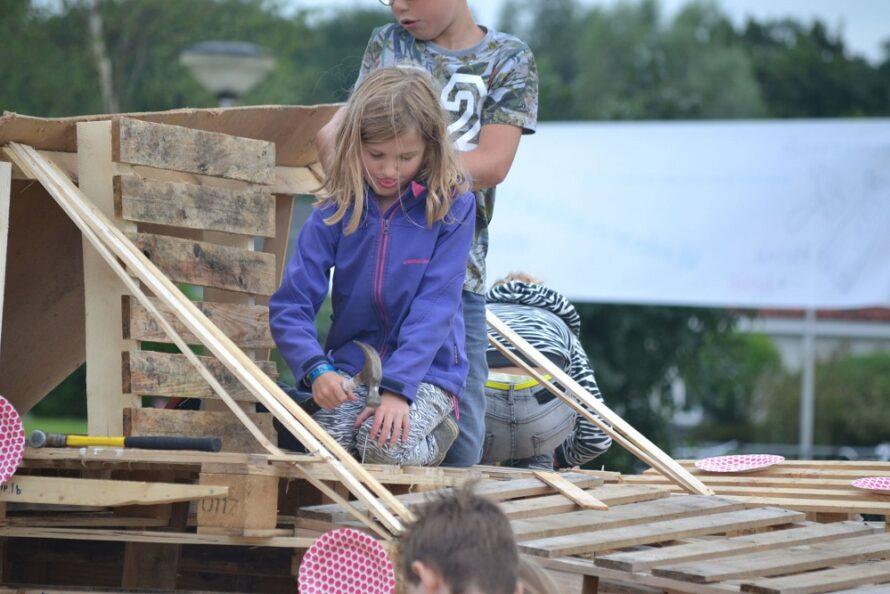Timmerweek Heino & Junior op zoek naar een nieuwe timmerlocatie