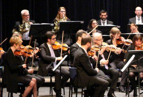 Orkest van het Oosten 'gaat de boer op' in Heino