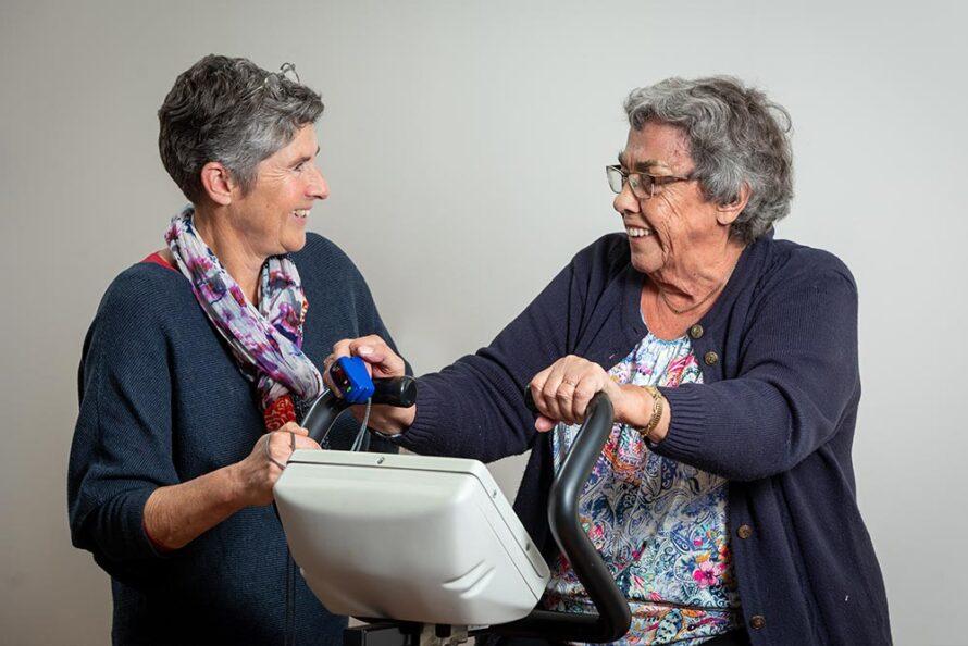 Geriatrisch fysiotherapeut springt op de bres voor kwetsbare oudere
