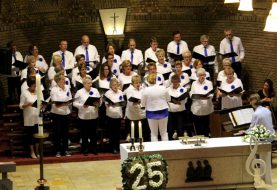 Jubilerend Reflection geeft Adventsconcert in RK Kerk