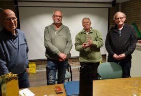 Verrassende winnaar Alfons Slag trofee videoclub Zoom Out