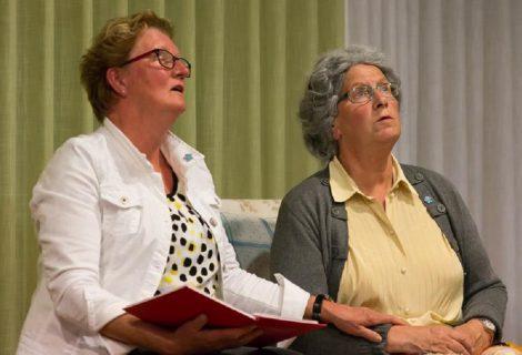 Theatergroep 'ut Raakt' op herhaling met toneelstuk over dementie