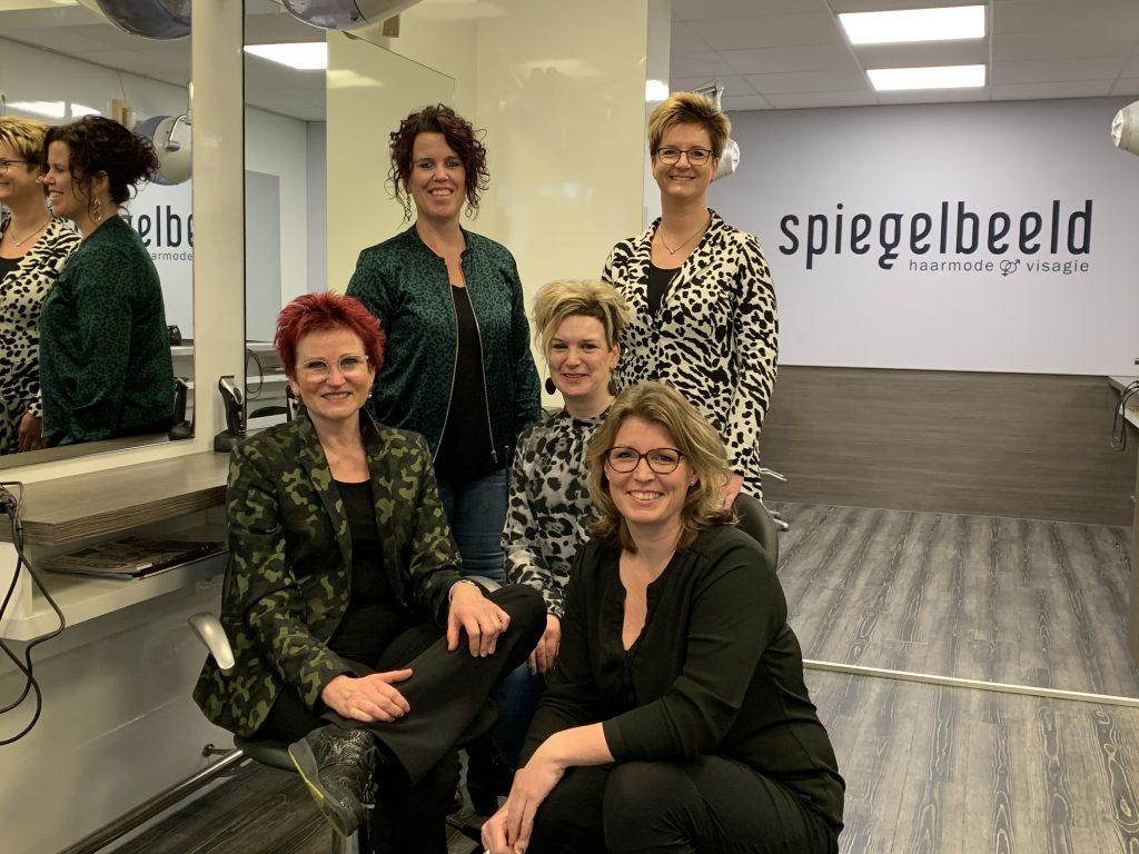 Marianne Dijkman neemt Haarmode 't Spiegelbeeld over