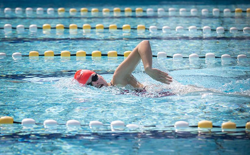 Zwemtalent wil vooral plezier in de sport, maar een persoonlijk record is mooi meegenomen